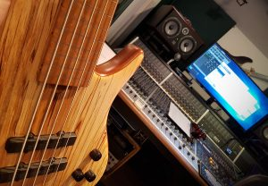 My fretless Roscoe bass in the studio.